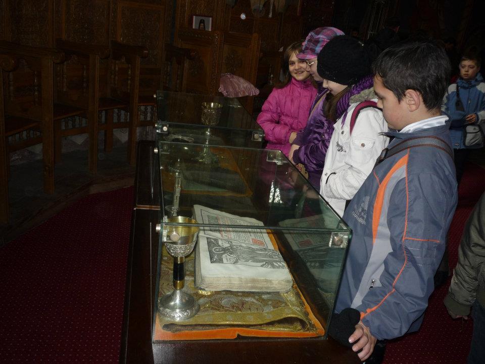 În vizită la Biserica Domnească Ruginoasa