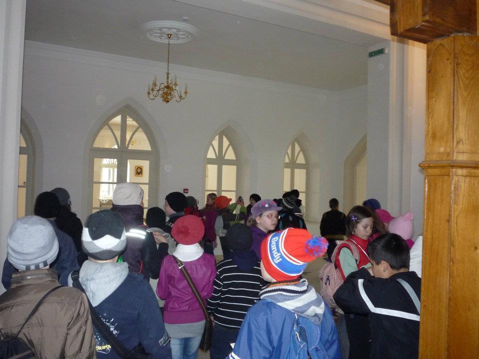 În vizită la Palatul Ruginoasa 3