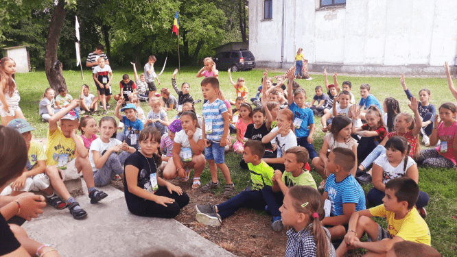 Tabara din pridvorul satului Ruginoasa 2019